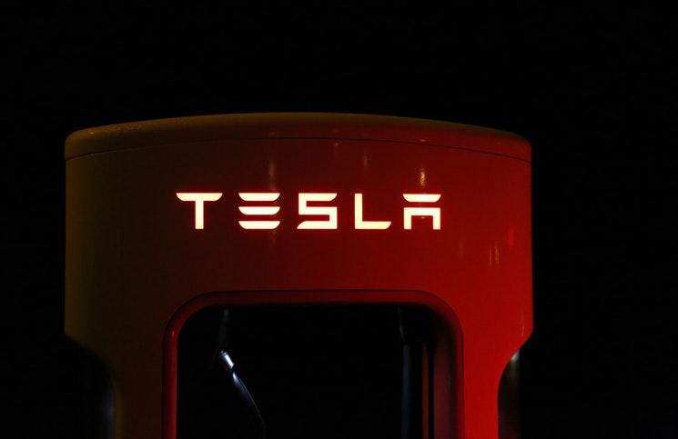 Update: nieuwe regels voor dure elektrische auto\'s - Lekkerkerker en ...